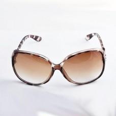 แว่นกันแดดแฟชั่น UV400 ป้องกันแสงแดด ปกป้องสายตาของคุณ ราคาพิเศษพร้อมส่ง